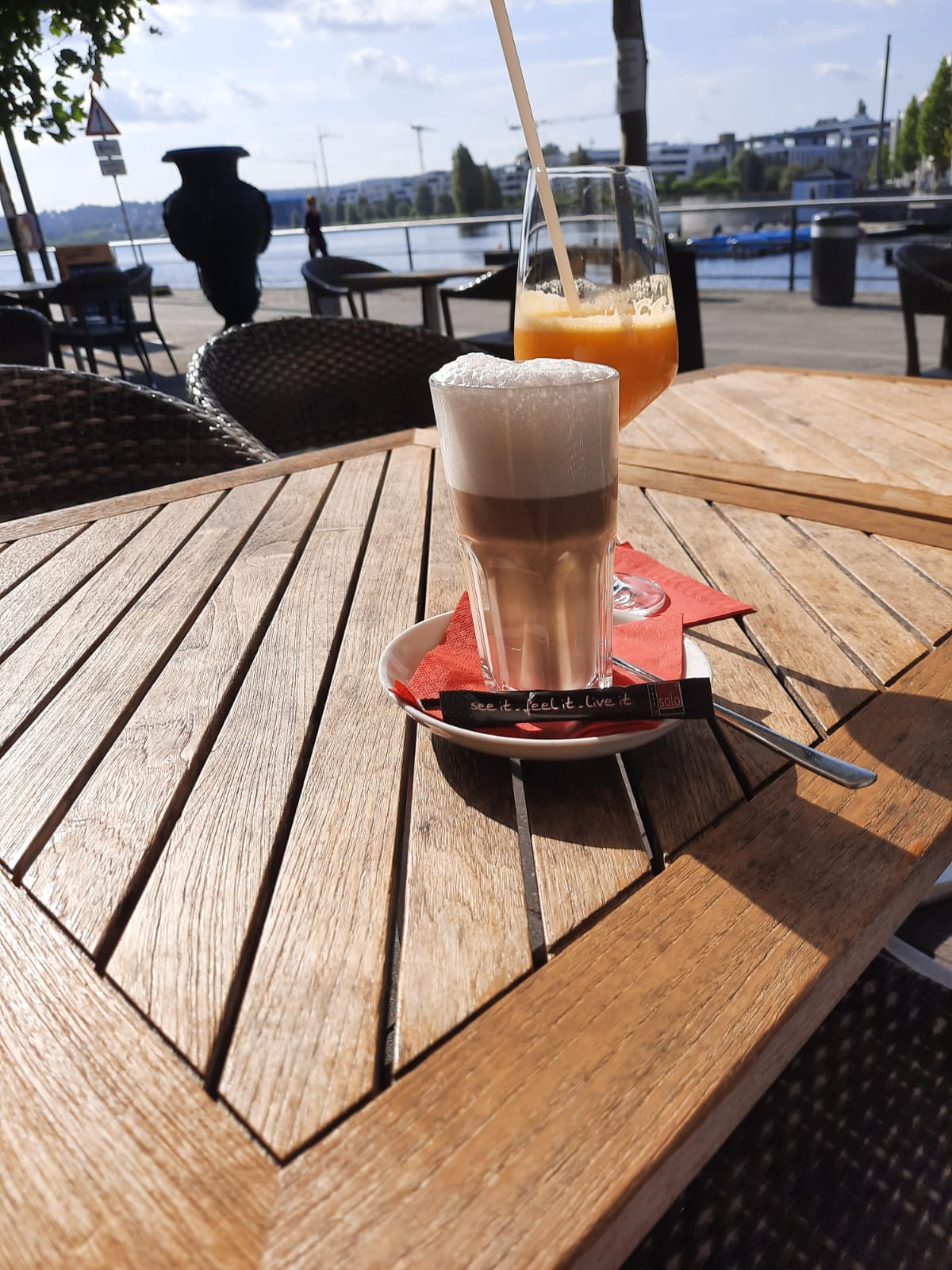 Cafe Solo Dortmund Phoenixsee entspannen
